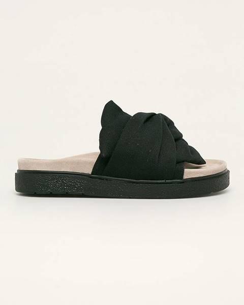 Čierne sandále Inuikii