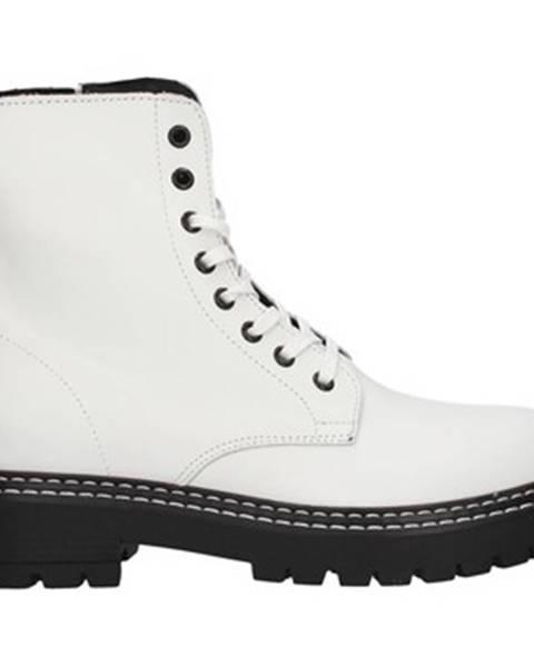 Biele topánky Café Noir