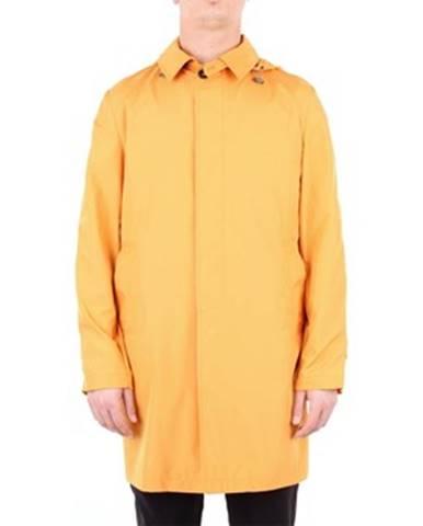Oranžový kabát L'impermeabile