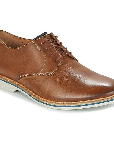Derbie Clarks  ATTICUS LACE