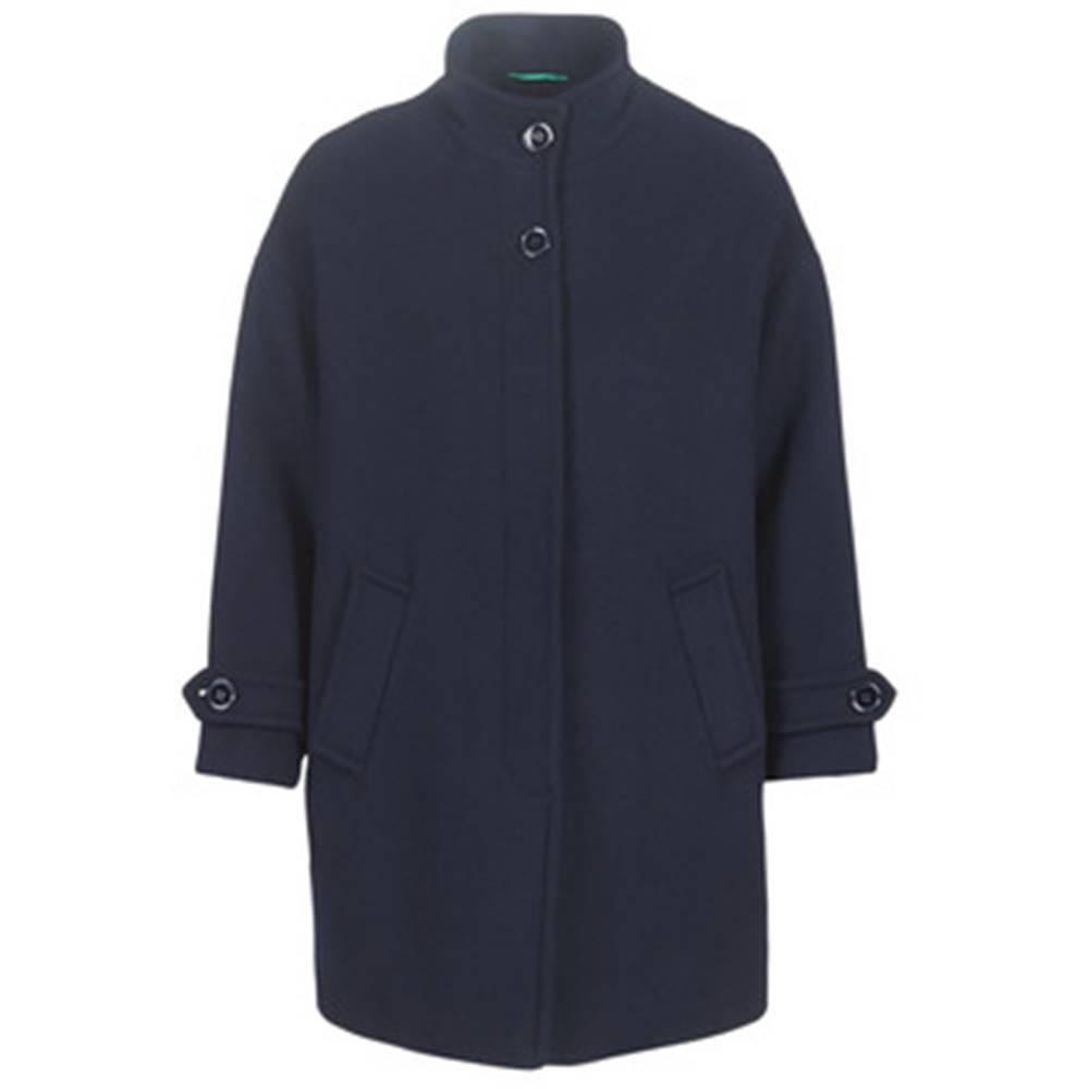 Kabáty Benetton  STORI