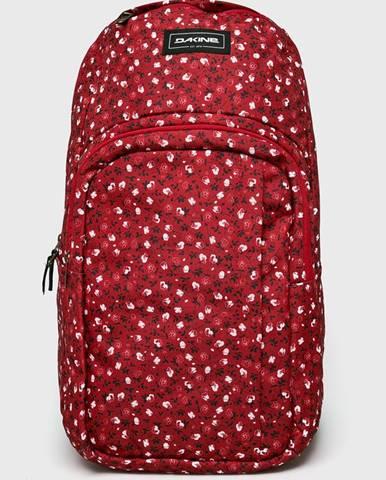 Červený batoh Dakine