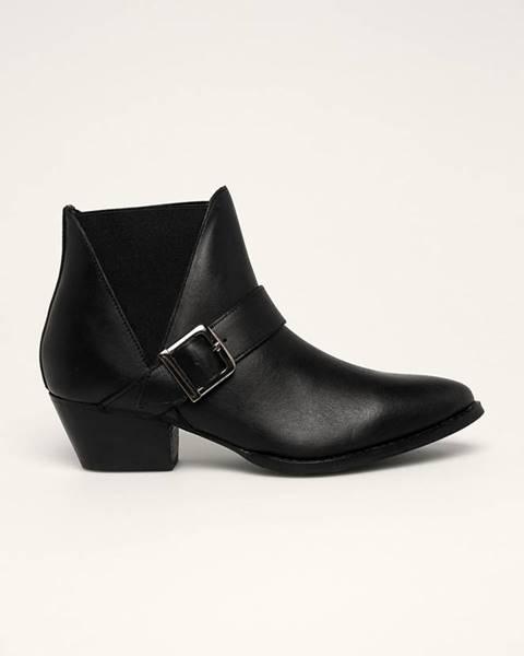 Čierne čižmy Answear