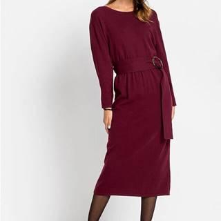 Pletené šaty s opaskom