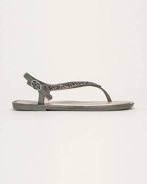 Strieborné sandále Gioseppo